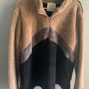 Fantastic Fawn teddy half zip pullover